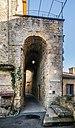 Entrance to Castrum in Belves 02.jpg