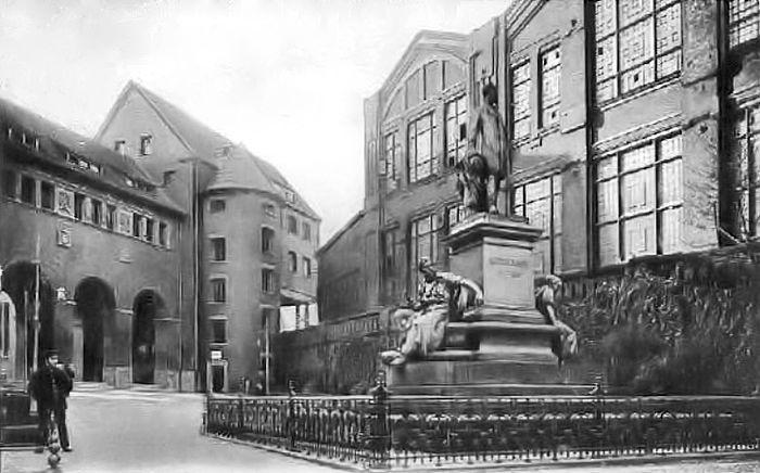 Essen Gussstahlfabrik Krupp-Denkmal um1917