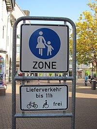 Ettlingen Fußgängerzone.jpg