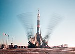 Expedition 58 Rollout (NHQ201812010033).jpg
