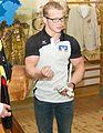 Fabian Hambüchen stiftet Objekte für das Deutsche Sport & Olympia Museum-4934 (cropped).jpg
