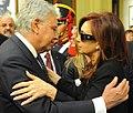 Felipe Gonzalez funeral Nestor Kirchner.jpg