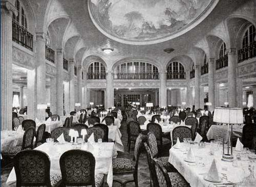 First Class Dining Saloon of the RMS Majestic (1914)