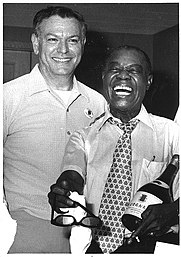 Floyd_Levin_and_Louis_Armstrong.jpg
