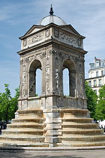 water fountain in Paris