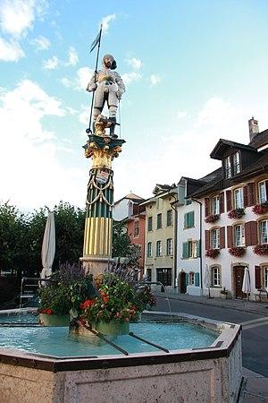 Fontaine du Vaillant dans le Vieux-...