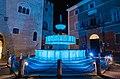 Fontana Sturinalto (blu per la giornata mondiale dell'Autismo).JPG