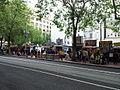 Food carts at SW 5th, Portland, Oregon (2013).jpeg