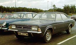 Ford Cortina III 2000E in England 1973.jpg