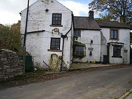 Former pub in Little Hucklow - geograph.org.uk - 1014272.jpg