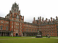 Founder's Building, Royal Holloway, south quad.jpg