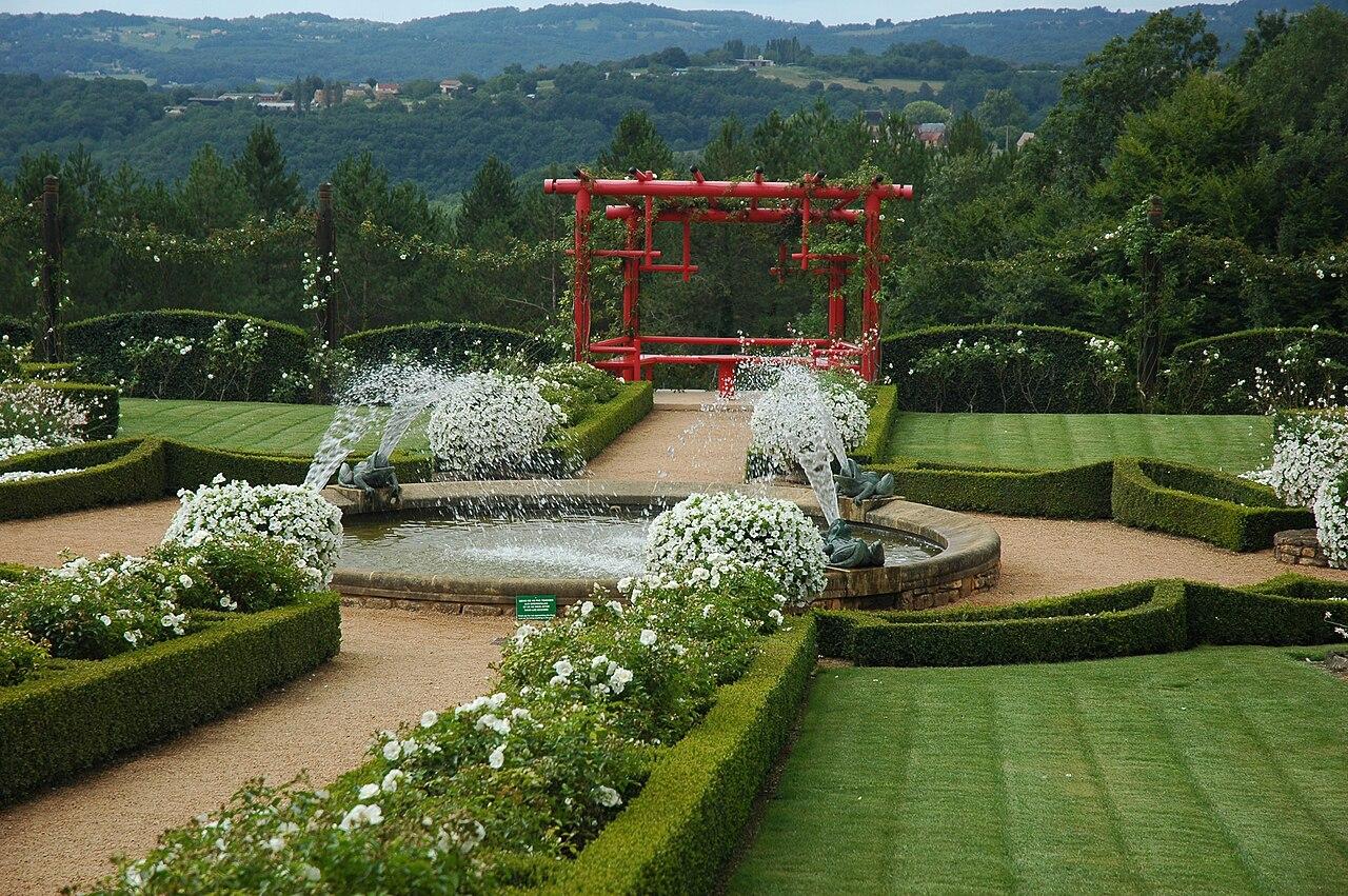 File france eyrignac jardin wikimedia commons - Jardins du manoir d eyrignac ...