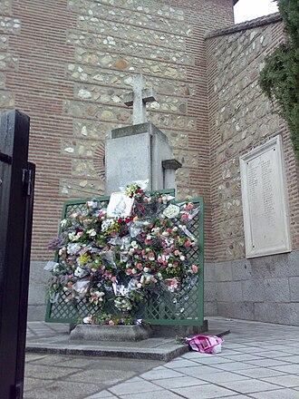 Fuencarral - Image: Fuencarral iglesia cruz