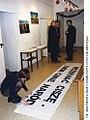 Fundacja Ośrodka KARTA - 2000 akcja malowania transp 2000 002 fot A Gluza.jpg