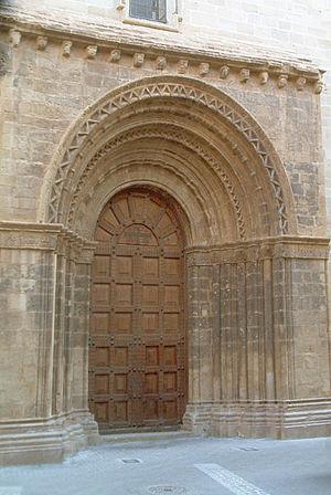 Gandesa - Church door, Gandesa