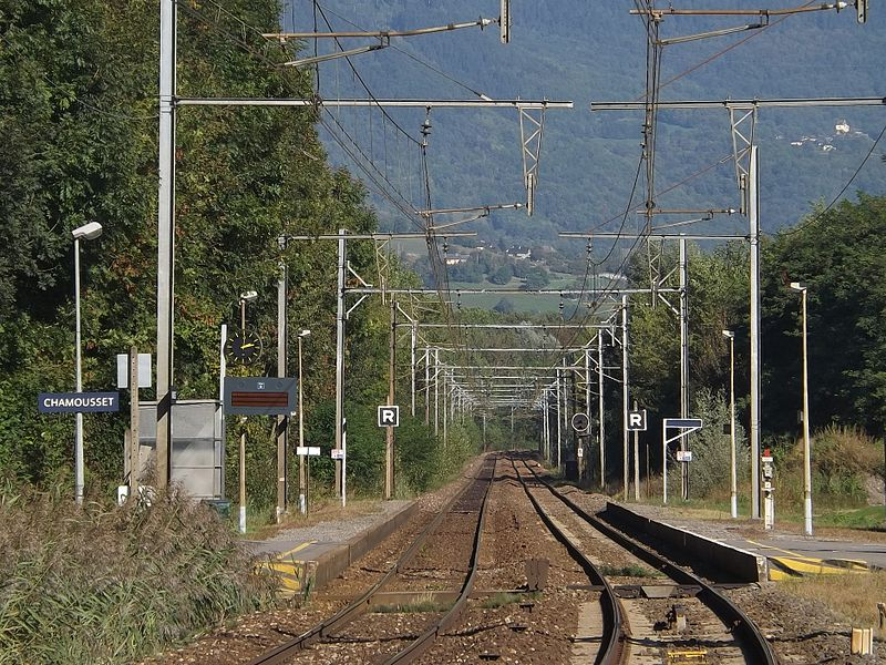 Sight of the gare de Chamousset railway station, on the Maurienne line (here in the direction of Modane and Italy), in Savoie, France.