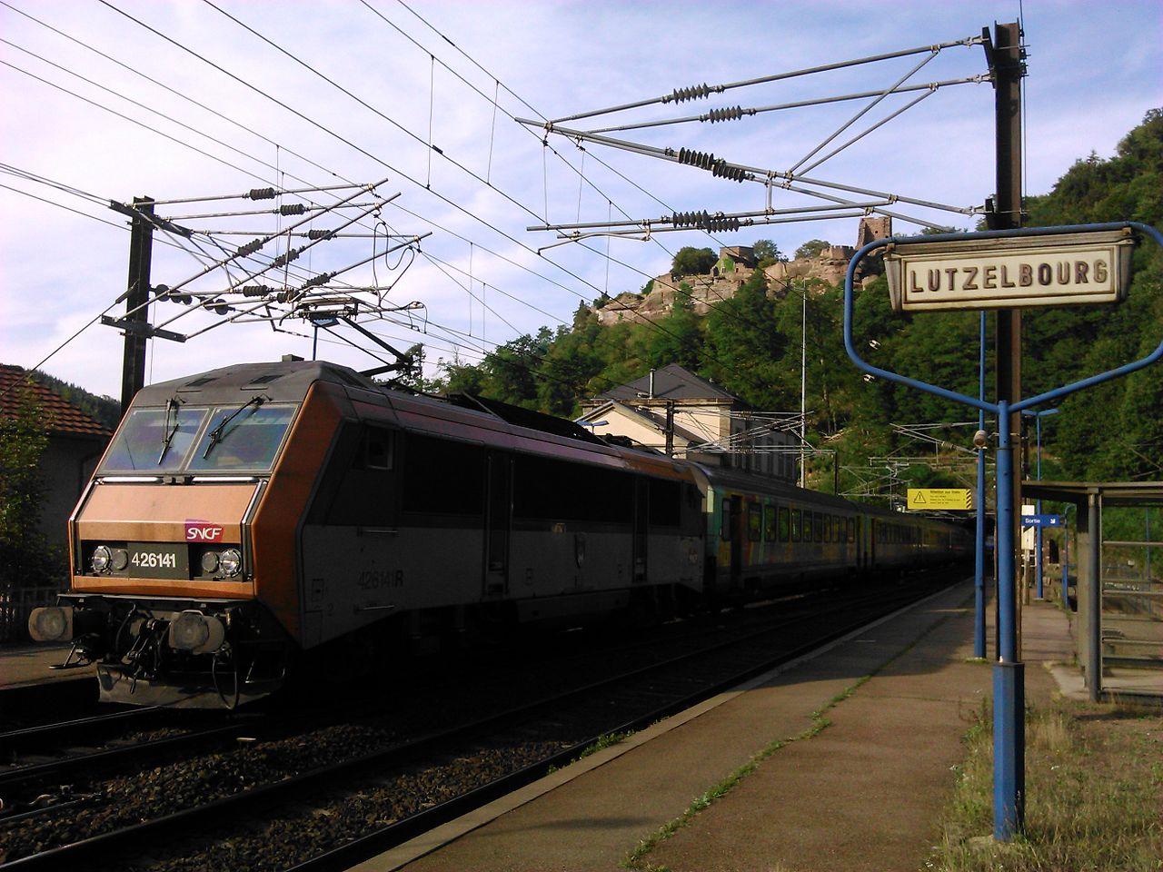1280px-Gare_lutzelbourg_1.JPG