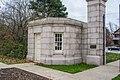Gathouse - Mayfield Gate - Lake View Cemetery - 2014-11-26 (17540451162).jpg