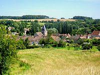 Genainville (95), vue sur le village depuis les environs du cimetière.jpg