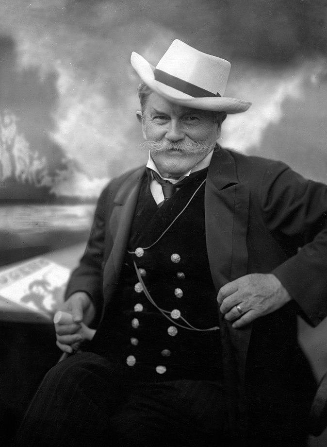Georg Hirth c1916