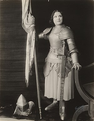 Joan the Woman - Image: Geraldine Farrar as Joan of Arc