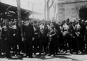 Dimitrios Gounaris - Gounaris with officers in Asia Minor, 1921