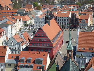 Greifswald - City hall seen from the cathedral, fish market in the foreground, market square in the background