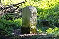 Grenzstein Hohe Egge (Süntel) IMG 2827.jpg