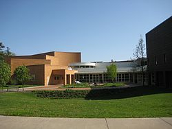 Grinnell College Bucksbaum Center for the Arts.JPG