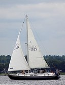 Gulfstar 43 Mark II sailboat Wendy 3863.jpg