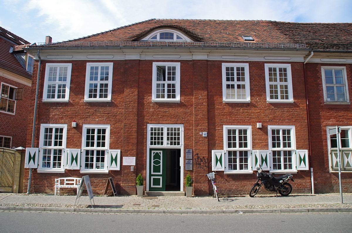 Gutenbergstrasse 86 Potsdam.jpg