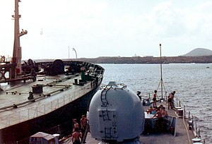 4.5 inch Mark 8 naval gun - Image: HMS Cardiff alongside tanker Ascension Islands 1982