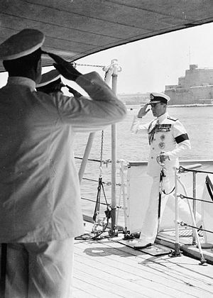 HMS Glasgow (C21) - Mountbatten arrives on board HMS Glasgow at Malta to assume command of the Mediterranean Fleet, 16 May 1952