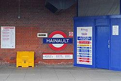 Hainault Roundel (89795767).jpg