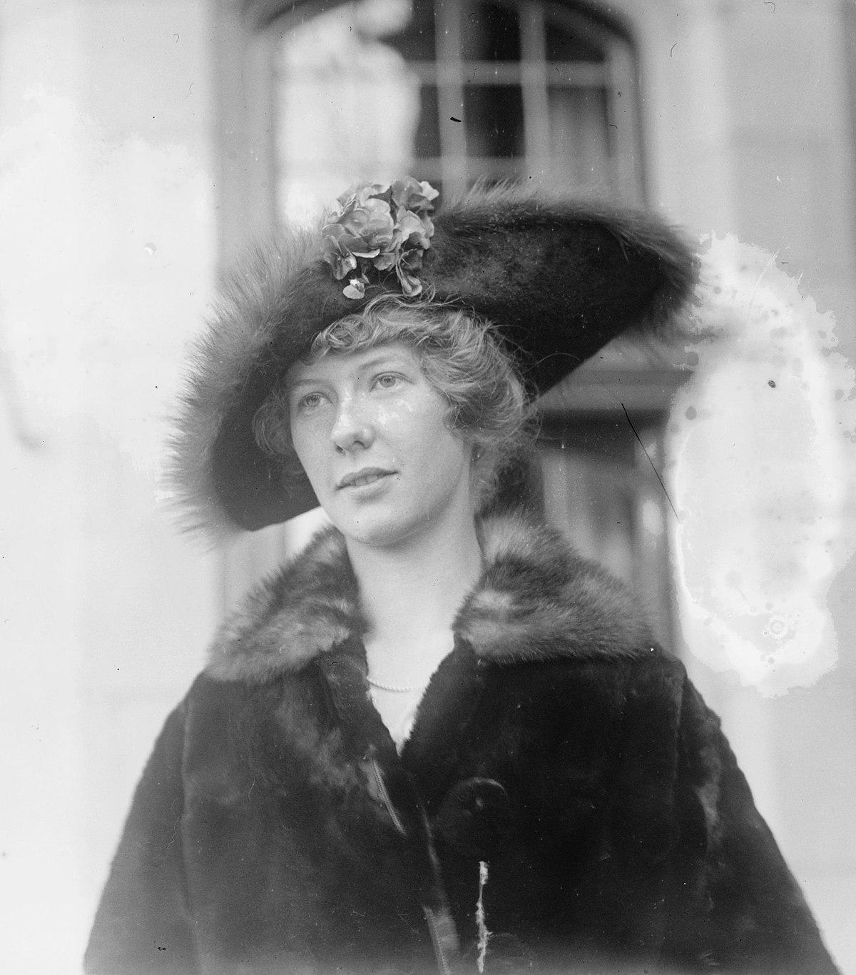 Helen Huntington Hull
