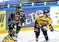 Helminen Raimo (Ilves) + Holma Eetu (SaiPa).jpg
