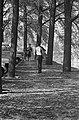 Herfst. Wandelen in het Vondelpark, Bestanddeelnr 920-7448.jpg