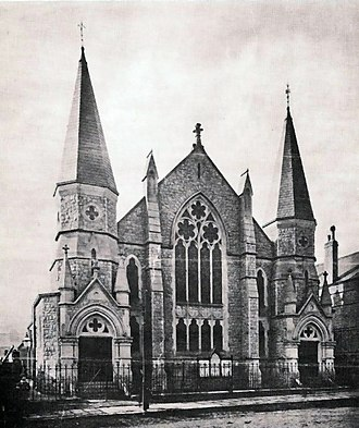 The Spires Shopping Centre - Image: High Barnet Methodist Church