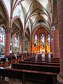 Hilbringen St. Petrus in Ketten Innen 03.JPG