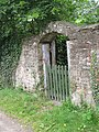 Hole in the wall - geograph.org.uk - 1448863.jpg