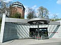 Hotel Eingang Mövenpick - panoramio.jpg
