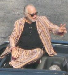 Howard Hesseman at the 2011 Dragoncon Parade.jpg