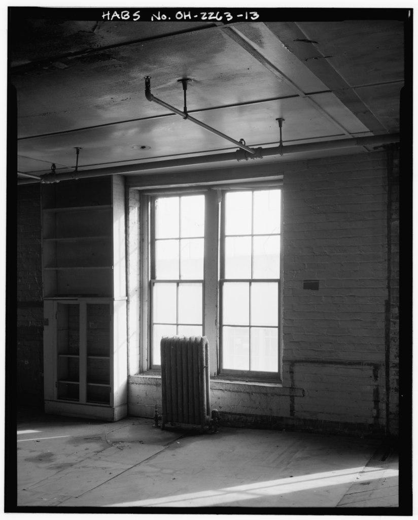File interior office window detail american oak leather - Interior car detailing cincinnati ...