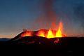 Iceland-Eruption-Fimmvorduhals-2010-03-26-09.jpg