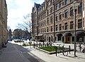 Ingmar Bergmans plats, Nybrogatan, Stockholm, april 2021.jpg