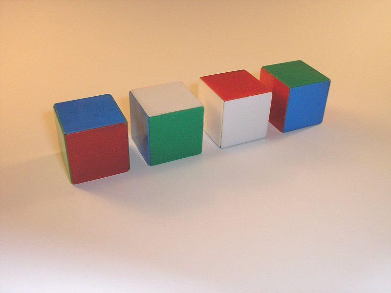 Cajas de colores.