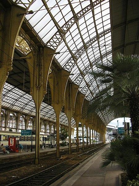 File:Intérieure de la gare de Nice.jpg