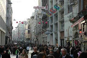 Istanbul - Avinguda d'Istiklâl.JPG