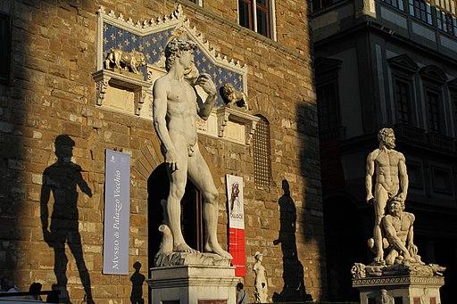 Michelangelo, David (replica) e Ercole e Caco di Baccio Bandinelli, Piazza della Signoria, Firenze