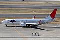 JAL B737-800(JA306J) (5342625712).jpg